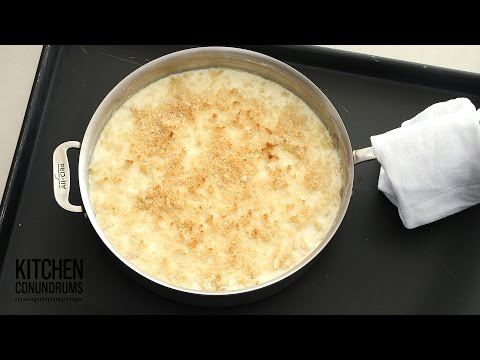 One-Pot Skillet Macaroni And Cheese - Kitchen Conundrums With Thomas Joseph