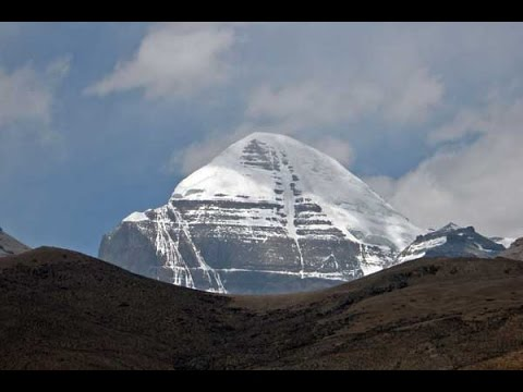 Mt Kailash and the Walk around the Sacred Mountain - in 4K