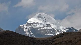 Mt Kailash and the Walk around the Sacred Mountain - in 4K thumbnail