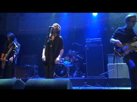 Melody Line Benefiet: Maggie & The Jar - Half a Heart (live)