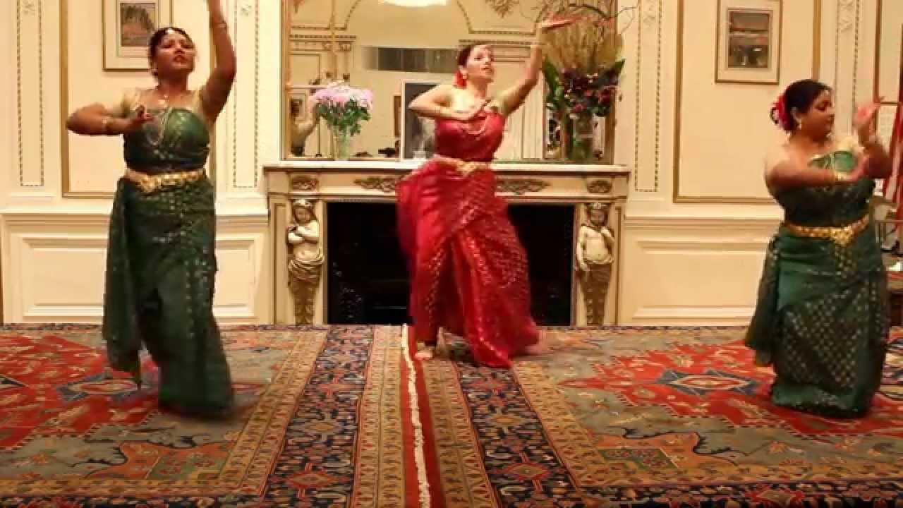 Song anandadhara bohichhe