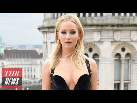 Jennifer Lawrence Responds to Critics After Wearing Versace Dress in Cold Weather | THR News