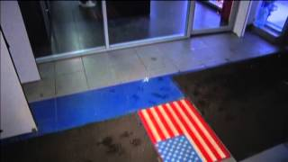 Moscow Shoppers Wipe Feet on US Flag: Many Russians see Ukraine war sanctions as US plot(Moscow residents can now show their disdain for the West by wiping their feet on American flag rugs while they do their holiday shopping. This doormat has ..., 2014-12-26T11:20:17.000Z)