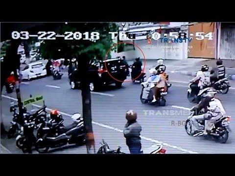 Aksi terekam CCTV, Pencuri Babak Belur Dihajar Massa