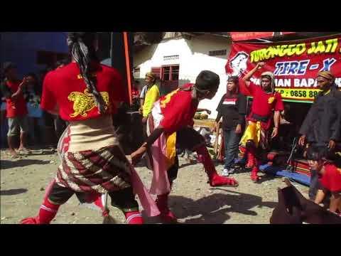 Penyembuhan Mendem Janturan Ebeg Turonggo Jati Sari di Kedongkek, Toyareka, Kemangkon, Purbalingga
