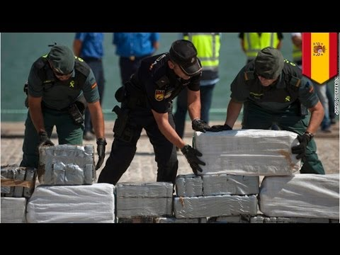 Spain recovers one ton of cocaine from ocean