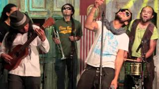 Casa Verde Colectivo - Oyeme Mamá - Telehit