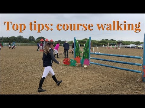 HOW TO WALK A SHOWJUMPING COURSE