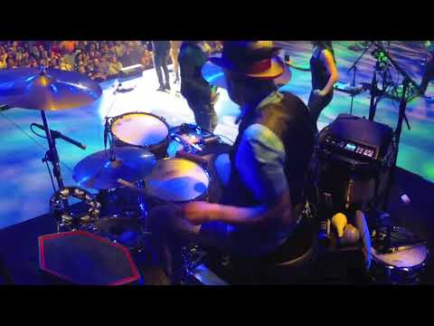 "Travis McNabb Sugarland ""Let Me Remind You"" drum cam"
