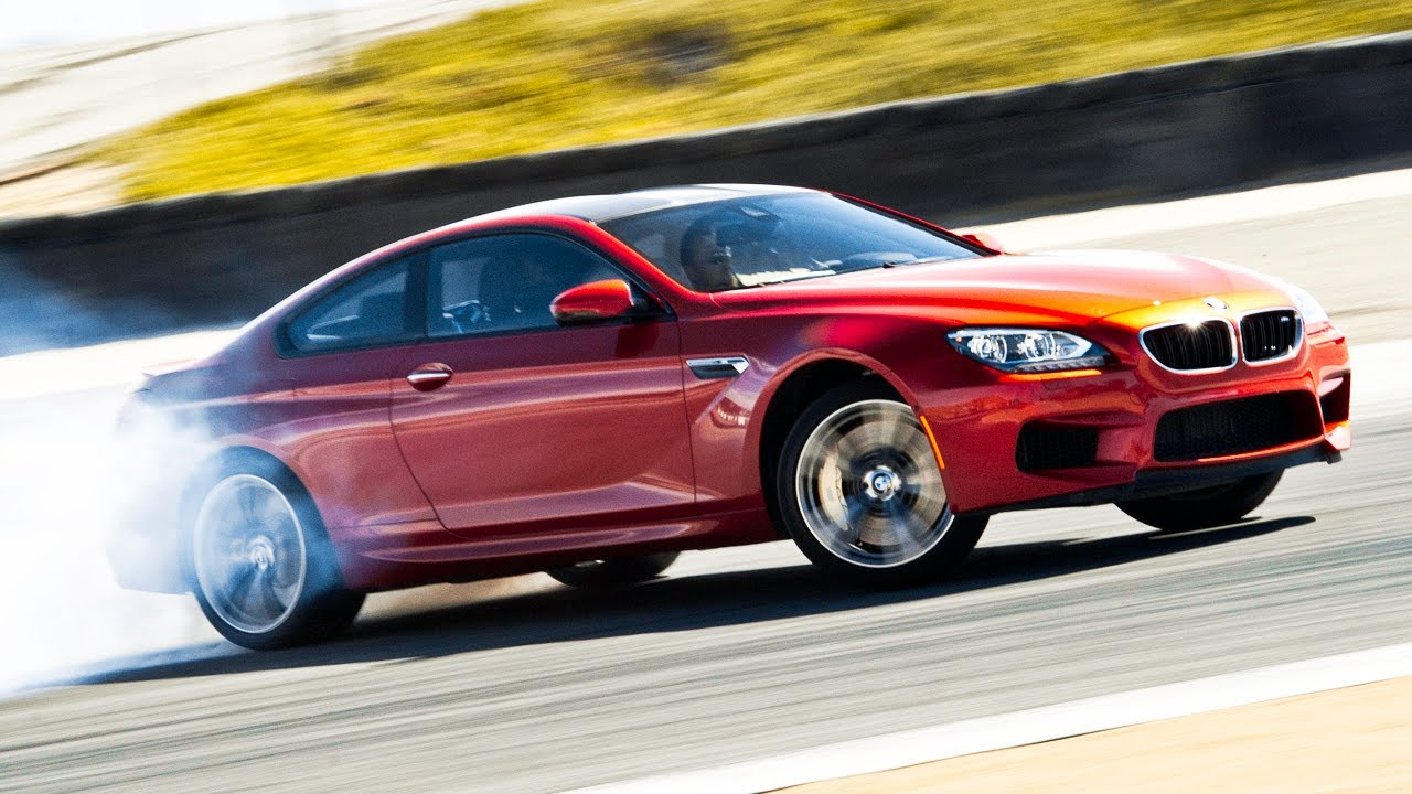 2013 BMW M6 Hot Lap! - 2013 Best Driver's Car Contender