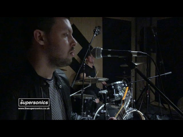 The Supersonics - Wonderwall (Studio Session)