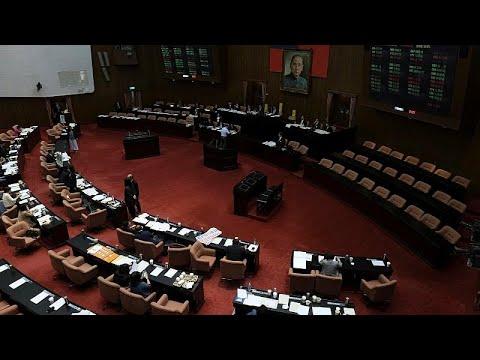 لأول مرة في آسيا.. برلمان تايوان يوافق على تقنين زواج المثليين …  - 12:53-2019 / 5 / 17