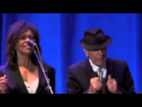 Florence, First we take Manhattan, Leonard Cohen, Piazza Santa Croce,  September 1st 2010.