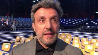 Flavio Insinna - Il Debutto A L'eredità Al Posto Di Fabrizio Frizzi
