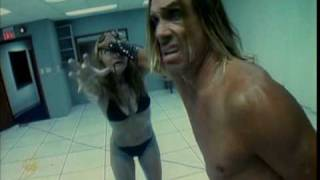 Peaches - 'Kick it' feat. Iggy Pop