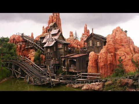 Disneyland Park   Big Thunder Mountain Railroad   Queue Loop