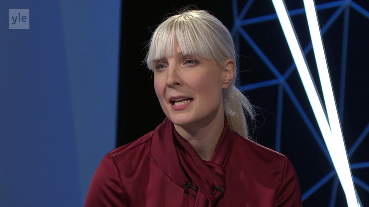 Laura Huhtasaari haastattelu - YouTube