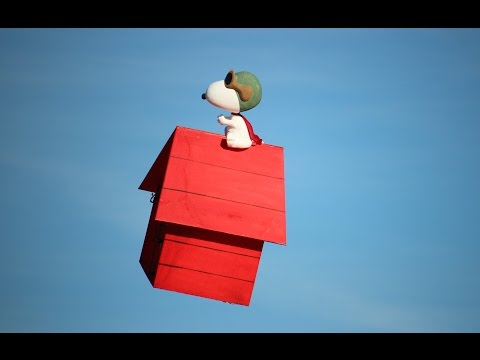 RC Snoopy's Flying Doghouse (The Peanuts) -- Big Jolt 2015