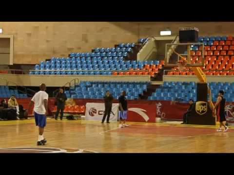 Stephon Marbury in Shanxi, China - shoot-around