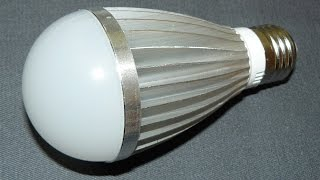 Дешевая светодиодная лампа Е27 220В в алюминиевом корпусе(, 2017-04-06T01:01:27.000Z)