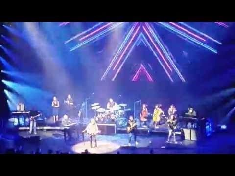 Jeff Lynne's ELO Intro/Tightrope live -Radio City, NYC 9/16/16 (Alone In The Universe Tour)