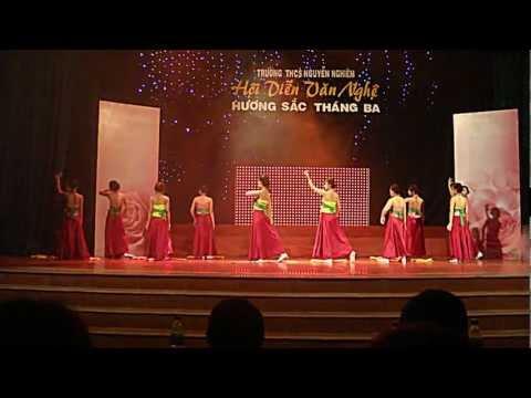 THCS Nguyễn Nghiêm 11-12 [8C4 - Hương sắc mai vàng]