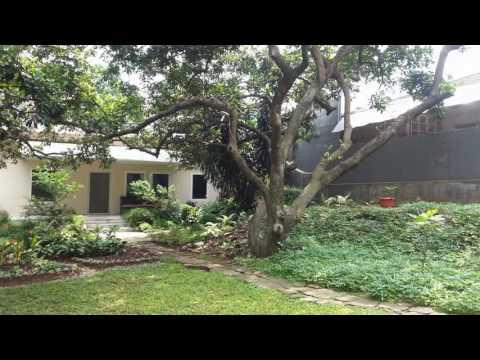 Rumah Dengan Halaman Luas Di Cilandak  - Yuma Prabowo