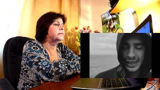 """Download Мама смотрит """"Хаски - Поэма о родине"""" // Реакция мамы Mp3 and Videos"""
