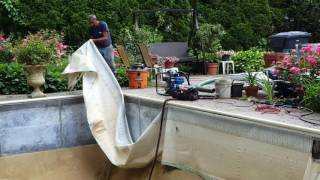 Pool Liner Replacement:  How they do it.(, 2016-06-22T08:13:43.000Z)