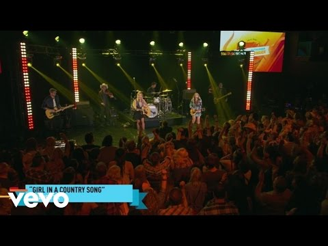 Maddie & Tae - Girl In A Country Song (Outnumber Hunger Concert)