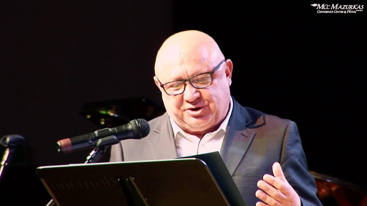 XXII FHMazurkas-benefis Sz.Kawalla w MCC Mazurkas - senator Piotr Zientarski słowo do jubilata