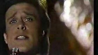 """John James performes """"Painted dreams"""""""