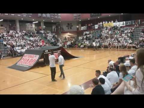 Walled Lake Northern high school 2017 preprally