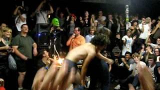Dan Deacon pt 2 @ The Tote, Melbourne (05-03-09)