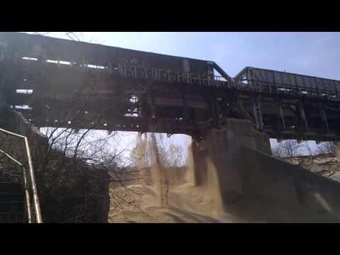 Gravel, The train dumps sand 120,000 Tone !