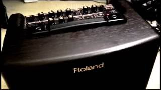 Roland AC-33 battery powered amp demo / review