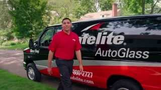 Safelite Tech Ramon Helps This Young Family Get Back Behind the Wheel Safely