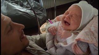 Развитие ребенка в 2 месяца. Развитие ребенка по месяцам. 2 месяца ребенку. Часть 2