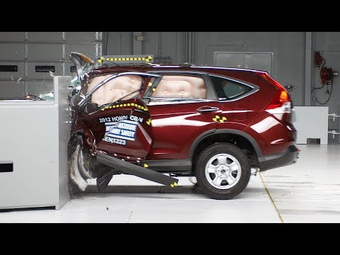 2012 Honda CR-V small overlap IIHS crash test