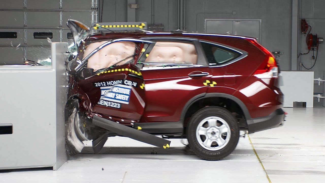2014 Honda Crv >> 2012 Honda CR-V driver-side small overlap IIHS crash test - YouTube