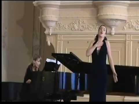 Chausson Serenade. Olga Bezsmertna (soprano), Elena Zhukova (piano)