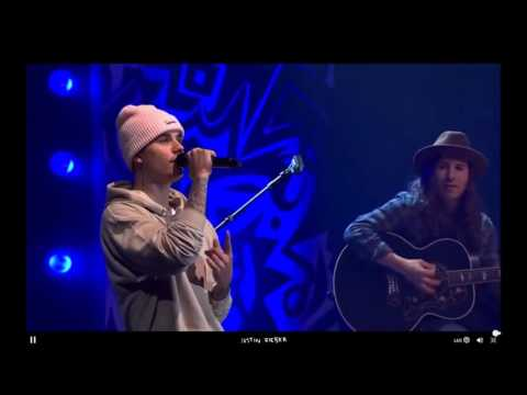 """Justin Bieber performing ''Christmas Eve"""" and """"Christmas Love"""" Live at #PurposeInto - 07/12/2015"""