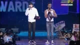 Премия RUSSIA MTV MUSIC AWARDS 2008! NEW!!!Самый угарный момент церемонии от ведущих Билана и Лазарева vk