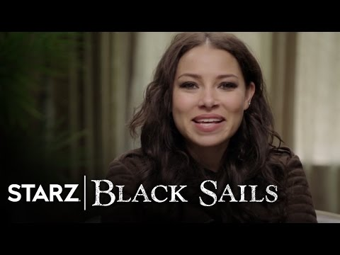 Black Sails  The Cast Reads Your Tweets  STARZ