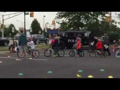 Lodi police on Saturday rewarded the first 100 grammar school students who turned out for a special Bicycle Safety Day with free helmets.