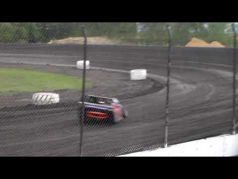 Modified Heat 4 @ Hancock County Speedway 08/12/17