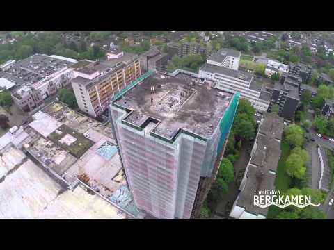 Cityturm Bergkamen während des Abrisses
