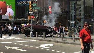 بالفيديو.. لحظة دهس سيارة لمواطنين في «تايمز سكوير» بنيويورك