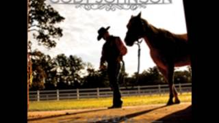 Cody Johnson Band - Give a Cowboy a Kiss