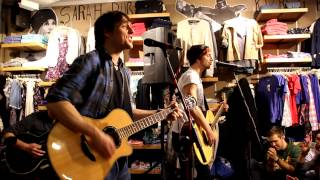 Itchy Poopzkid - Tonight Acoustic Quicksilver Store Munich